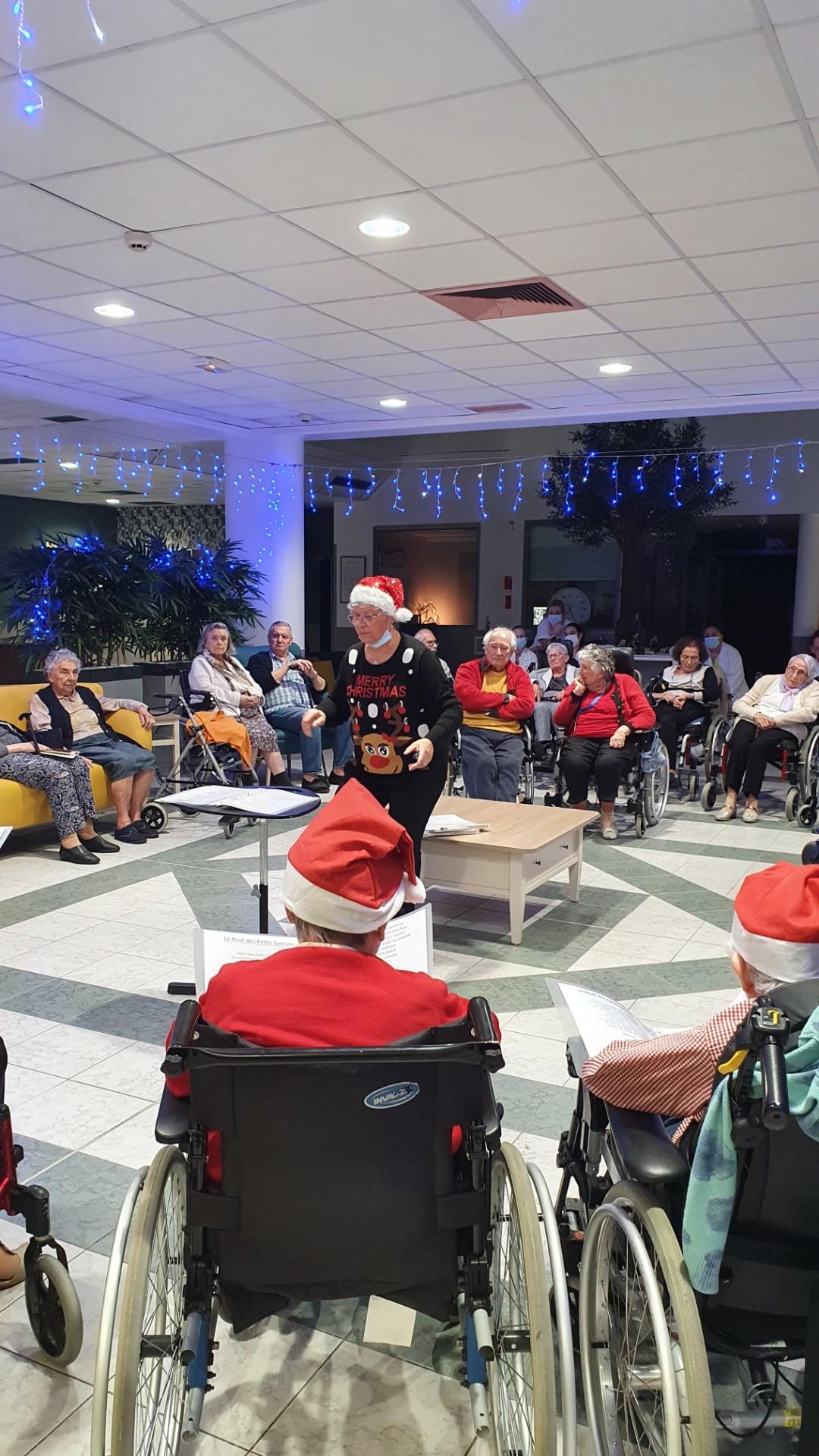 La traditionnelle veillée de Noel à Sainte victoire, maison de retraite à Aix en Provence
